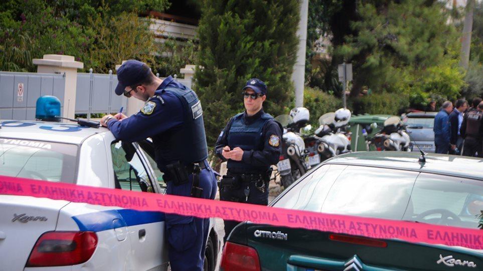Οικογενειακή τραγωδία πίσω από την άγρια δολοφονία 53χρονης στο Φάληρο