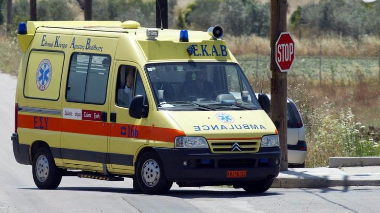 """Τροχαίο στη Ζάκυνθο: Νεκρός 28χρονος, """"παλεύει"""" η γυναίκα του"""