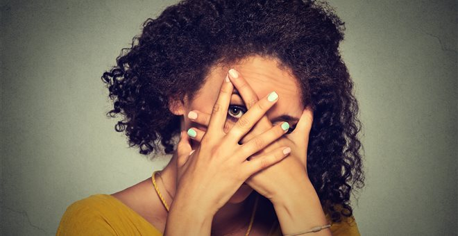 Κοινωνική φοβία: Το αφανές πρόβλημα που δεν είναι τελικά τόσο μακριά μας