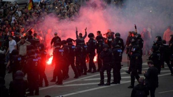 Γερμανία: 12.700 ακροδεξιοί εξτρεμιστές έτοιμοι να καταφύγουν σε βία