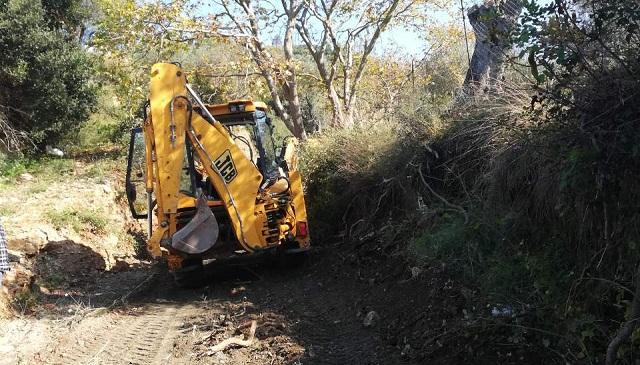 Καθαρισμός ρεμάτων στη Σκιάθο από την Περιφέρεια Θεσσαλίας