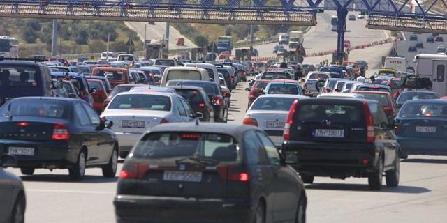 Μεγάλη καραμπόλα στα διόδια Ωραιοκάστρου –Σημειωτόν τα αυτοκίνητα