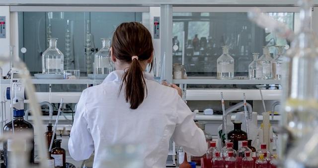 Απειλή λουκέτου σε ιατρεία και διαγνωστικά εργαστήρια