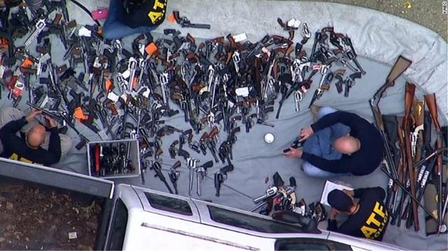 ΗΠΑ: Περισσότερα από 1.000 όπλα σε σπίτι στο Λος Άντζελες