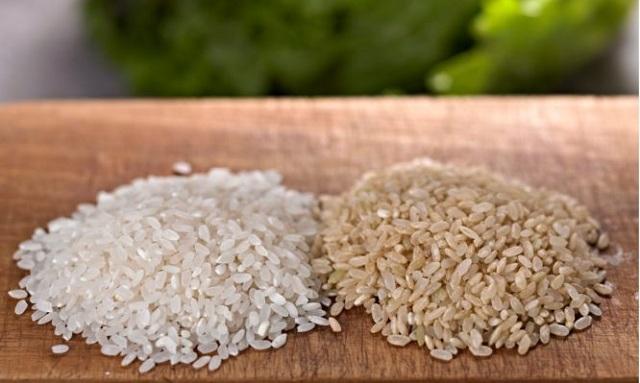 Καστανό ή λευκό ρύζι: Ποιο είναι πιο υγιεινό –Σε τι διαφέρουν