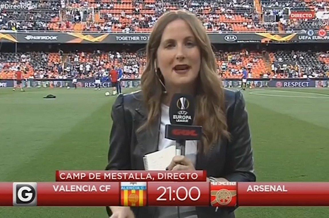 Γυναίκα ρεπόρτερ έφαγε τη μπάλα στο... κεφάλι πριν το Βαλένθια-Άρσεναλ