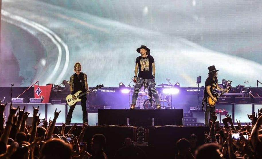 Ποιος θέλει να δοκιμάσει την μπίρα Guns 'N' Rosé; Πάντως όχι οι Guns 'N' Roses