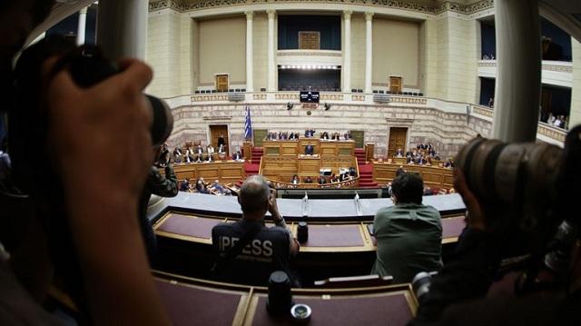 Έλαβε ψήφο εμπιστοσύνης η κυβέρνηση -Ψήφισε υπέρ ο Σαρίδης της Ένωσης Κεντρώων