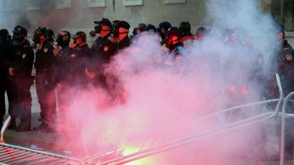 Τραυματίες στις αντικυβερνητικές διαδηλώσεις στην Αλβανία