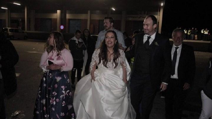 Νύφη παράτησε το γλέντι του γάμου για να πανηγυρίσει την κατάκτηση του Κυπέλλου Ελλάδας