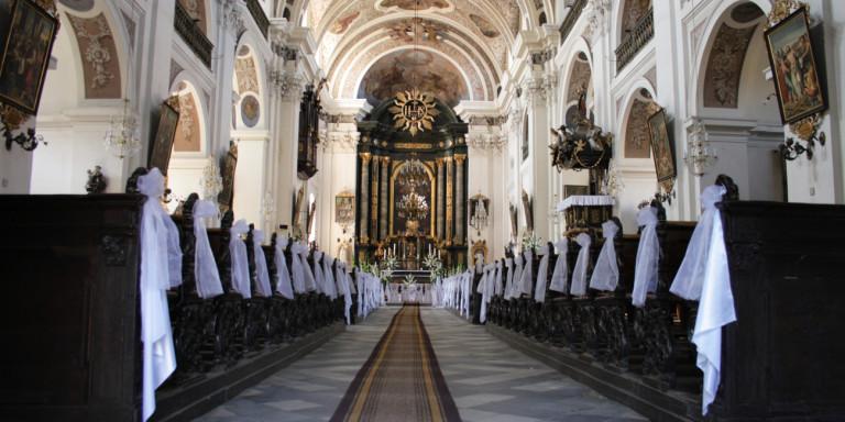 Σοκ στην Πολωνία από ντοκιμαντέρ με θύματα κακοποίησης από ιερείς