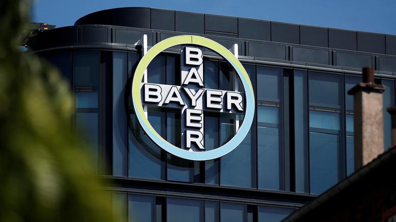 Νέο πλήγμα για την Bayer: 2 δισ. σε ζευγάρι καρκινοπαθών για ζιζανιοκτόν