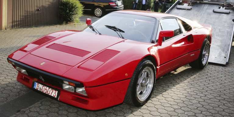 Πώς ένας Γερμανός έκλεψε μια Ferrari αξίας 2 εκατ. ευρώ στο test drive [εικόνες]