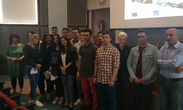 Μαθητές αποκτούν εργασιακή εμπειρία στο εξωτερικό