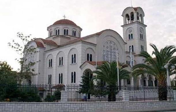 Η δεξιά χείρα του Αγίου Νεκταρίου στον Αλμυρό