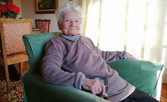 Δακρύζει στα 97 της χρόνια και συγκλονίζει: «Έτσι έζησα τη Γενοκτονία των Ποντίων»