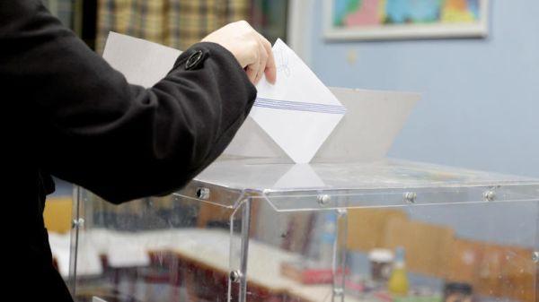 Δημοσκόπηση MRB: Προβάδισμα 6,5% της ΝΔ έναντι του ΣΥΡΙΖΑ