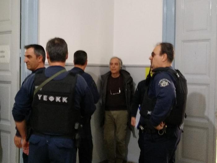 Το σκεπτικό της παρέμβασης Δημητρίου υπέρ της άδειας στον Κουφοντίνα