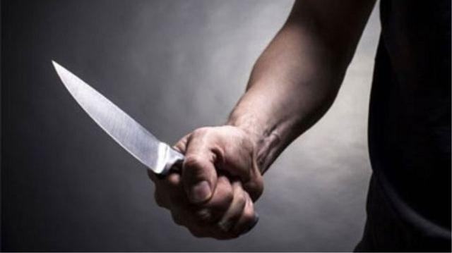 Ο καυγάς δυο γυναικών κατέληξε σε μαχαιρώματα με τραυματίες