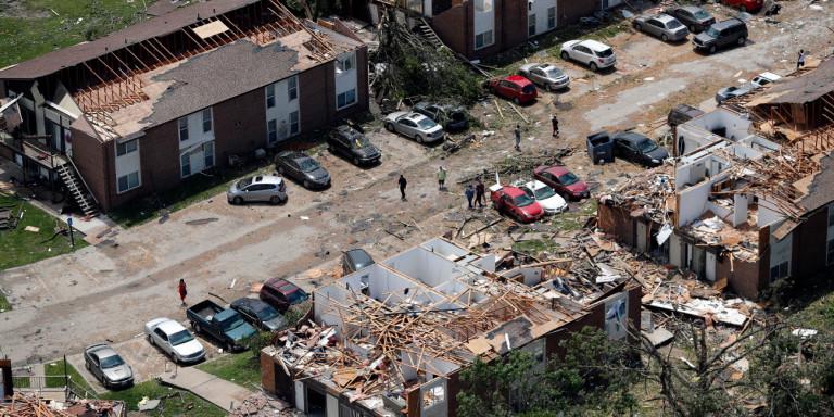 Στο έλεος της κακοκαιρίας οι ΗΠΑ: Επτά νεκροί, ανυπολόγιστες καταστροφές