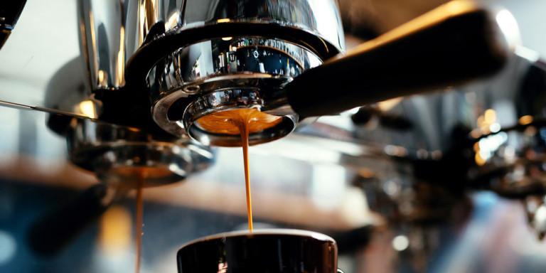 Ούτε Ιταλοί, ούτε Γάλλοι: Ο λαός της Ευρώπης που πίνει περισσότερο καφέ