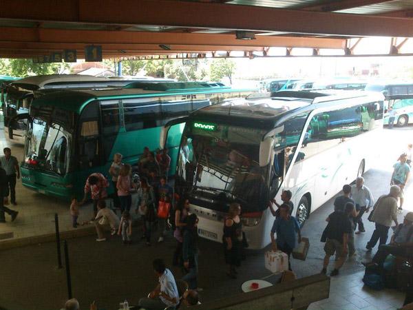 Εκπτώσεις σε ΚΤΕΛ και τρένα για τους ψηφοφόρους