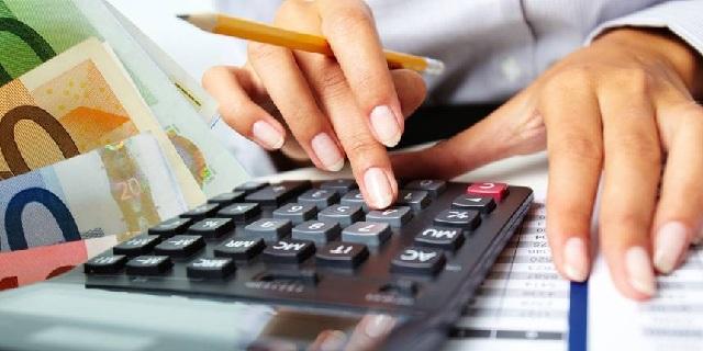 Επιχειρήσεις απαλλάσσονται από κατασχεμένους λογαριασμούς