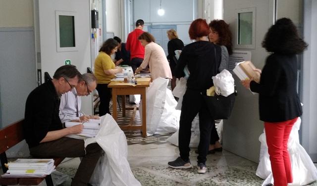Παραδόθηκε το εκλογικό υλικό στα Δικαστήρια Βόλου