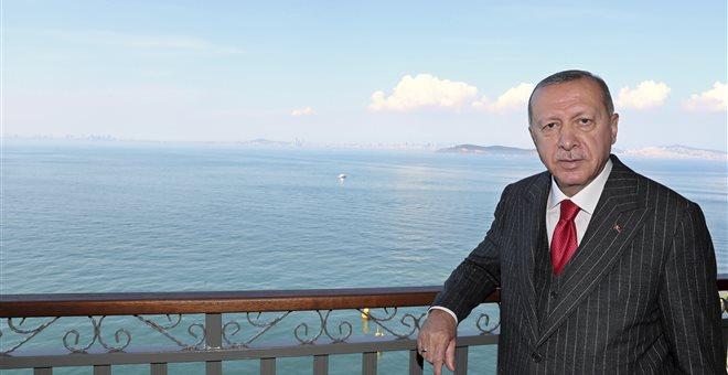 Προκλητικό tweet Ερντογάν για την άλωση της Κωνσταντινούπολης