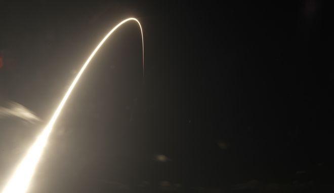 Σε 20 χρόνια θα βλέπουμε στον ουρανό περισσότερους δορυφόρους από αστέρια