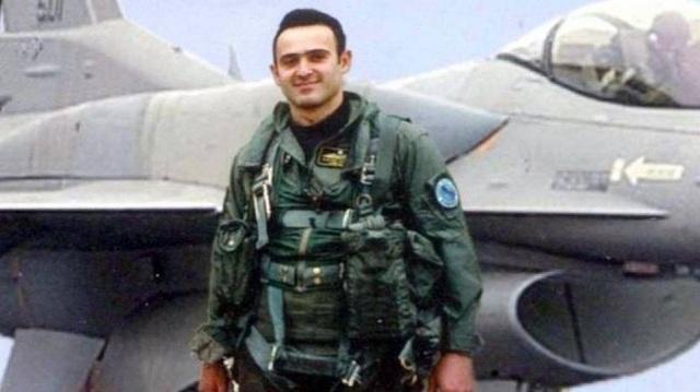 Κώστας Ηλιάκης: Συγκίνηση στο μνημόσυνο για τα 13 χρόνια από τον θάνατό του [εικόνες]