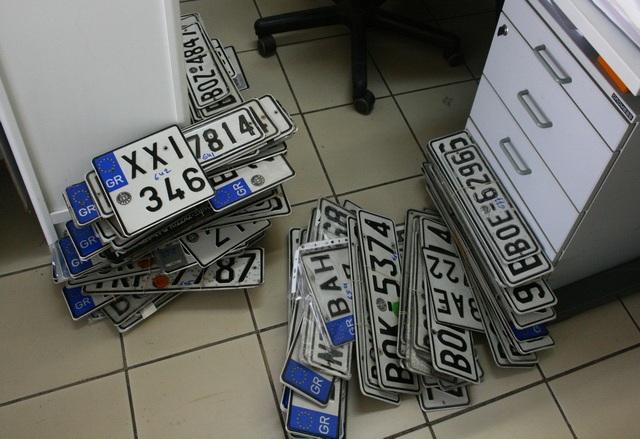 Εκλογές: Επιστροφή πινακίδων, αδειών οδήγησης και κυκλοφορίας