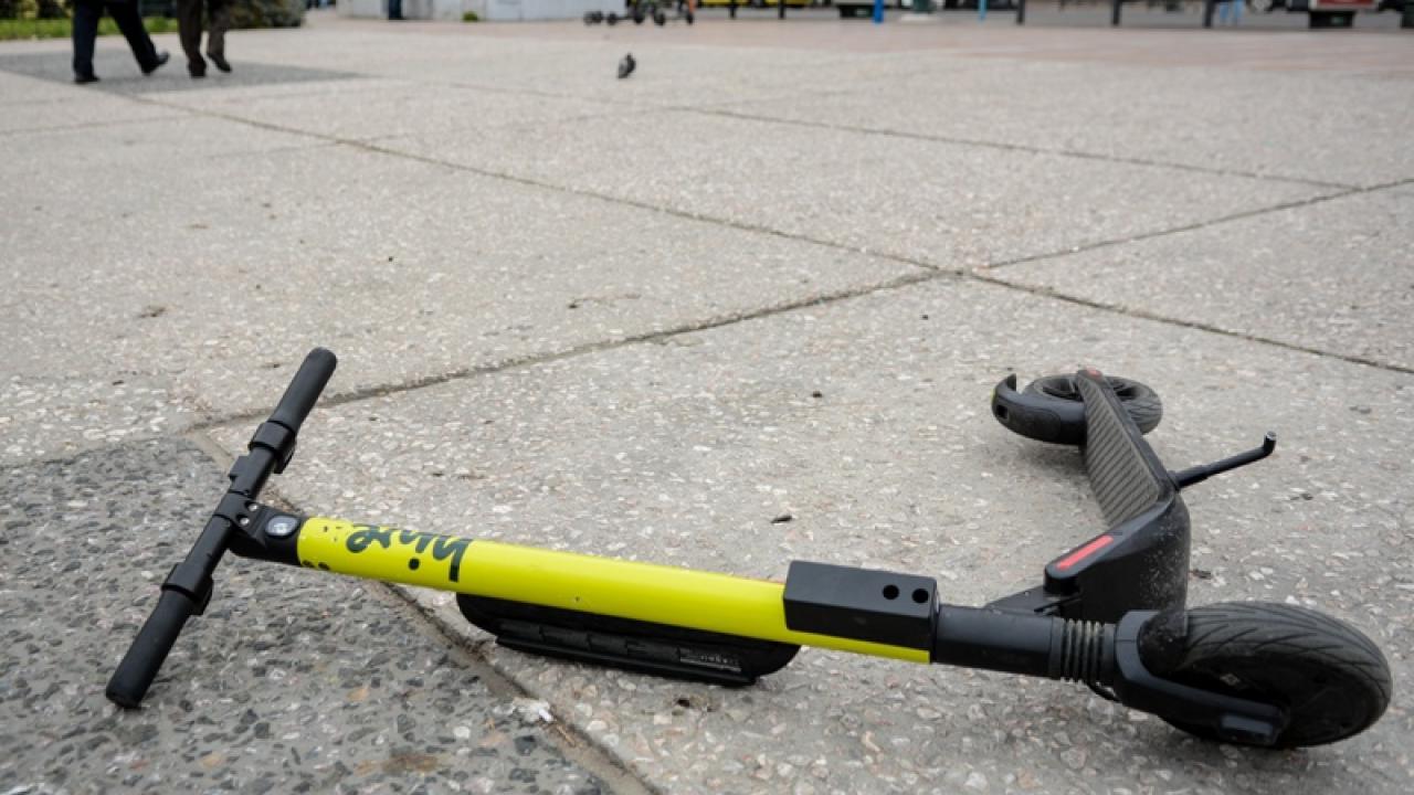 Σουηδία: 27χρονος έχασε τη ζωή του σε δυστύχημα με ηλεκτρικό πατίνι