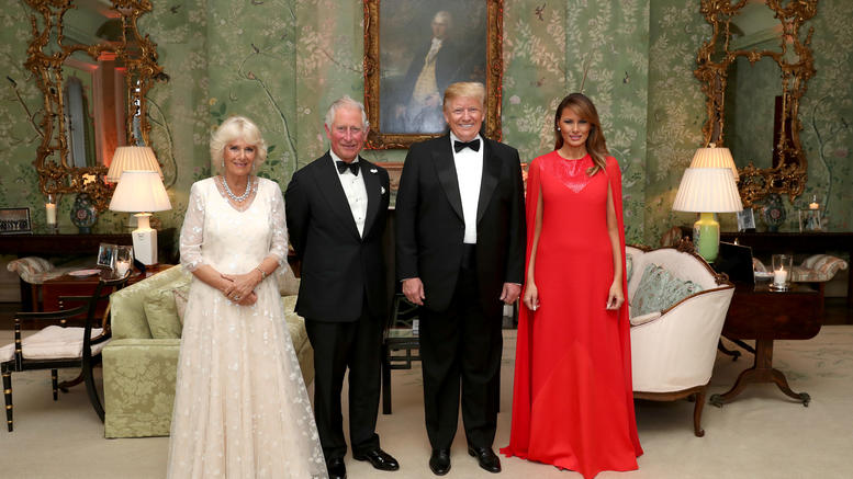 Το glamorous δείπνο των Τραμπ στην πρεσβεία των ΗΠΑ στο Λονδίνο [εικόνες]