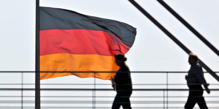 Γερμανικός Τύπος για πολεμικές αποζημιώσεις: «Προκλητική ύβρις» το ελληνικό αίτημα να πληρώσουμε 377 δισ.