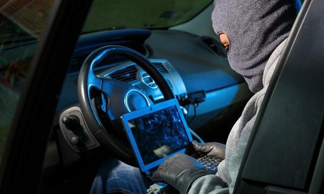 Σπείρες κλέβουν ανταλλακτικά αυτοκινήτων κατά παραγγελία