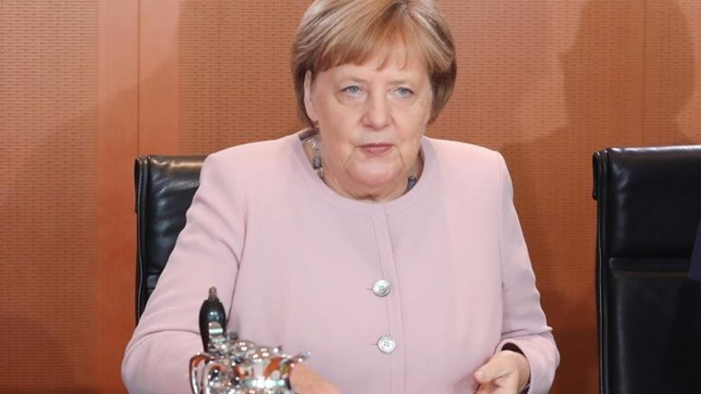 «Όχι» Μέρκελ σε έναρξη ενταξιακών διαπραγματεύσεων για τη Β.Μακεδονία