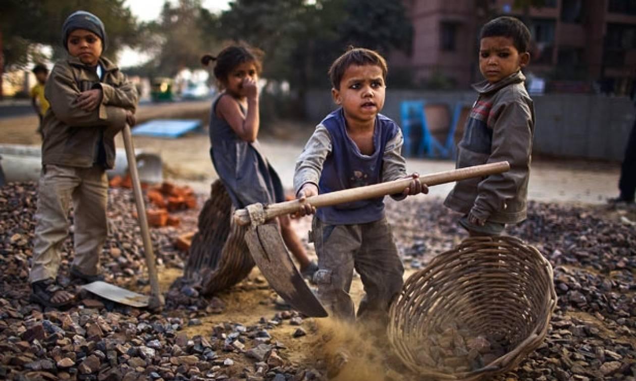 Παγκόσμια Ημέρα κατά της Παιδικής Εργασίας: 5χρονα δουλεύουν με αμοιβή ένα φρούτο