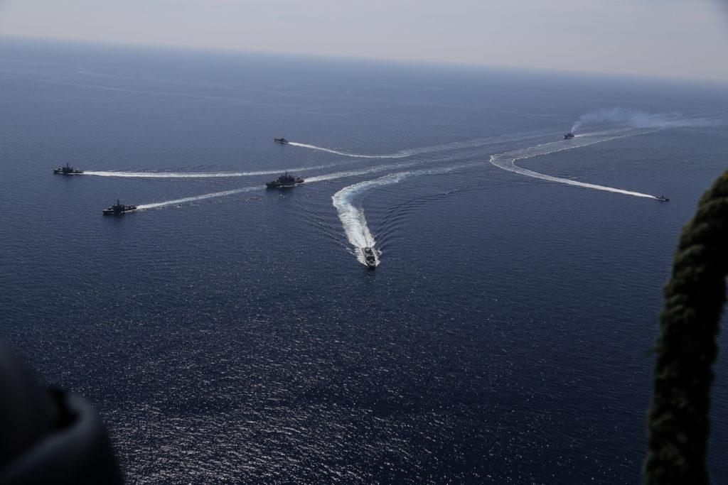 Πλοία του Πολεμικού Ναυτικού περιπολούν στον Παγασητικό
