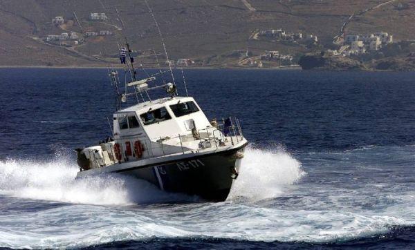 Σκάφος παρουσίασε βλάβη στη Σκιάθο