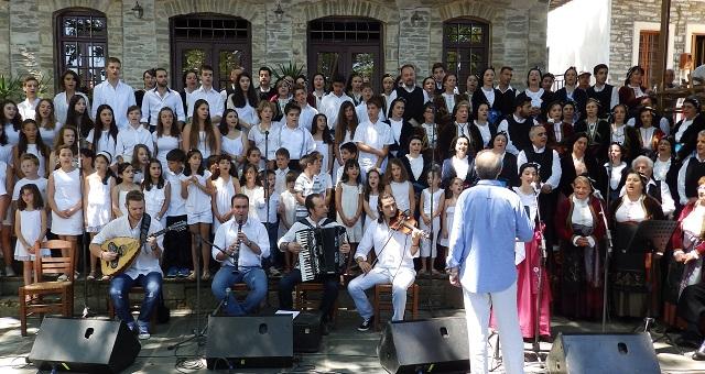 Η Χορωδία και το Παιδικό Χορευτικό του Κεραμιδίου στην Καστοριά