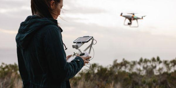 Στην Ιαπωνία βάζουν πρόστιμα και στους... μεθυσμένους οδηγούς drone