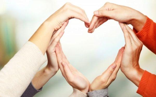 Μαθητές στηρίζουν τον «Εσταυρωμένο»