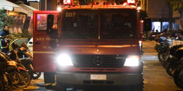 Φωτιά σε διαμέρισμα στα Χανιά - Στο νοσοκομείο με εγκαύματα ο ένοικος