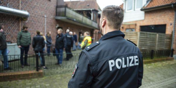 Γερμανία: Βίαιος εξτρεμιστής ο ύποπτος για τη δολοφονία στελέχους του κόμματος της Μέρκελ