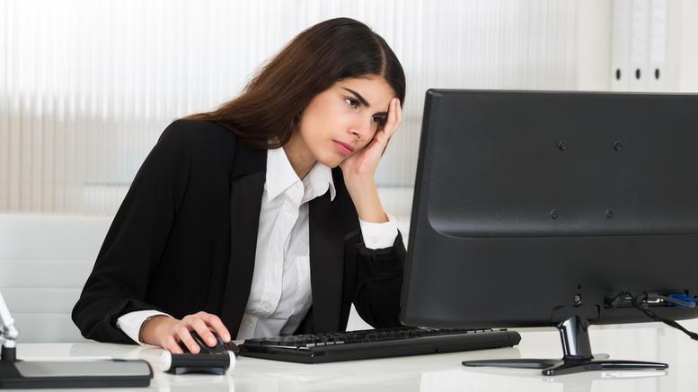Αυξημένος κίνδυνος εγκεφαλικού με πάνω από 10 ώρες δουλειά την ημέρα