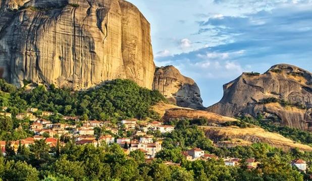 To Kαστράκι στην Καλαμπάκα στις 25 πιο όμορφες μικρές πόλεις της Ευρώπης