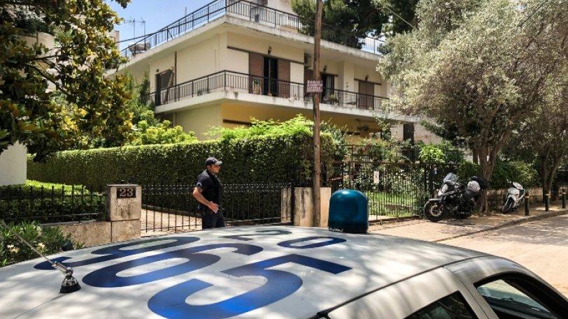 Οικογενειακή τραγωδία στην Αθήνα: Έσφαξε τον πατέρα της και προσπάθησε να αυτοκτονήσει