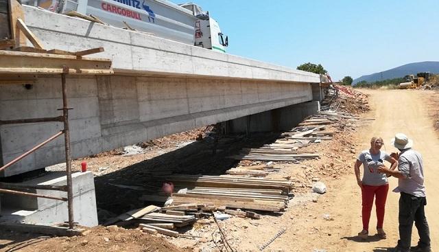 Ολοκληρώνεται η γέφυρα στο Πλατανόρεμα Αλμυρού