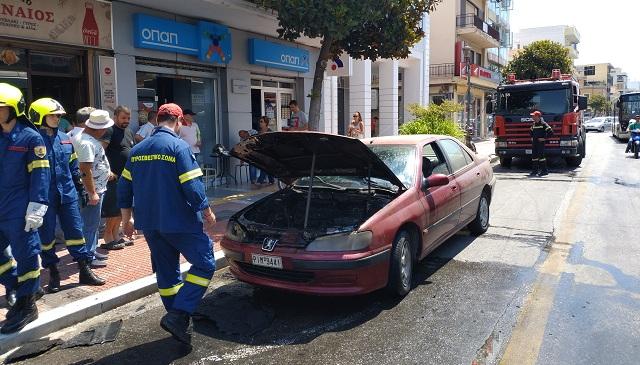Στις φλόγες εν κινήσει αυτοκίνητο στην Δημητριάδος